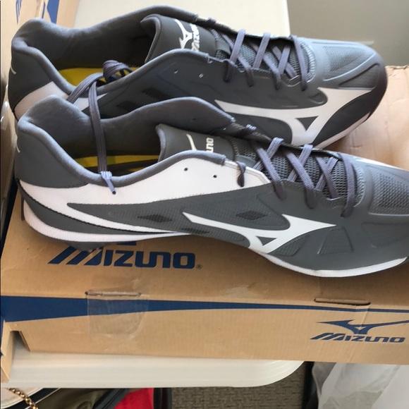 7e4c613e2 New Mizuno Heist IQ mens grey white baseball shoes